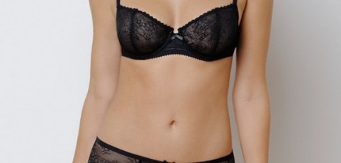 Vanity Fair lingerie now available in France!